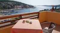 Guest House Sandra - Studio mit Balkon - Ferienwohnung Tisno