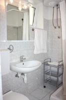 Apartments Tomi - Apartment mit 2 Schlafzimmern - meerblick wohnungen pag