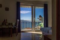 Apartments Tilda - Standard Apartment mit 1 Schlafzimmer, Balkon und Meerblick - Ferienwohnung Jezera