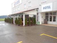 Hotel Klek - Dreibettzimmer - Otok
