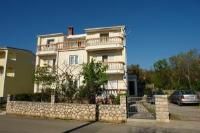 Three-Bedroom Apartment in Jadranovo I - Three-Bedroom Apartment - Jadranovo