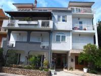 Apartments Villa Dona - King Studio with Sofa Bed - apartments makarska near sea