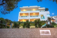 Villa Perina Tucepi - Luxury Suite with Balcony and Sea View (3 Adults) - Apartments Bribir