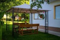 Rooms Marijana Obrovac - Dvokrevetna soba s bračnim krevetom i vanjskom kupaonicom - Sobe Poljane