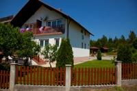 Guesthouse Kovačević - Dreibettzimmer mit eigenem externen Bad - Zimmer Jezera