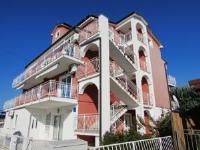 Apartments Karpinjan - One-Bedroom Apartment with Balcony - Novigrad