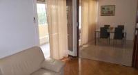Apartment Violeta - Three-Bedroom Apartment - apartments split