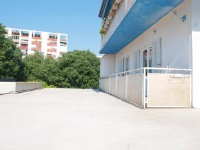 Apartment Caro Begy - Three-Bedroom Apartment with Balcony - apartments split