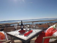 Apartment Turid - Apartment with Sea View - apartments makarska near sea