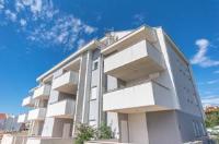Apartment Manuela - Apartman s balkonom - Novalja