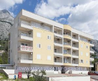 Apartment Lara - Three-Bedroom Apartment - apartments makarska near sea