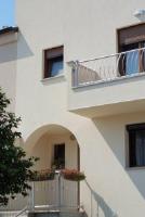 Matka Brajše Rašana Guesthouse - Zimmer mit Queensize-Bett und Balkon - Zimmer Rovinj