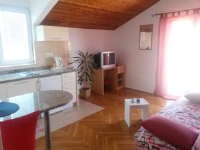Apartments Štambuk - One-Bedroom Apartment with Terrace and Sea View - Apartments Jelsa