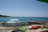 Apartments Vela Rina - One-Bedroom Apartment with Terrace and Sea View - apartments in croatia