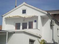 Cvita Apartment - Apartment - Apartments Betina