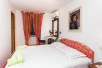 Rooms Fausta Old Town - Dvokrevetna soba s bračnim krevetom - Sobe Stari Grad