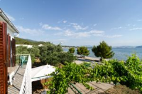 Apartments Žakula - Two-Bedroom Apartment with Balcony and Sea View - apartments in croatia