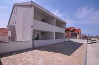 Apartments Vladimir - Standard Apartment mit 2 Schlafzimmern - Ferienwohnung Zubovici