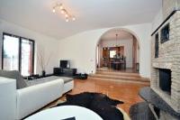 Apartmants Jasminka - Three-Bedroom Apartment with Balcony - Apartments Medulin