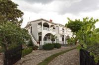 Apartment Ana - Apartment mit 1 Schlafzimmer, Balkon und Meerblick - Ferienwohnung Kornic