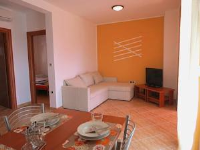 Apartment Betiga I yellow - Two-Bedroom Apartment - Apartments Stanici