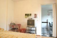 Apartment Rona Natasha - Apartman s 1 spavaćom sobom s balkonom - Cervar Porat