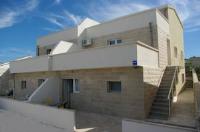 Apartments Dijanović - Apartment mit 2 Schlafzimmern - Ferienwohnung Povlja