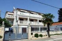 Apartment in Zadar-Borik V - Apartment mit 1 Schlafzimmer - Ferienwohnung Brodarica