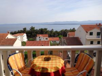 Apartments & Rooms The Garden - Studio with Balcony and Sea View - Apartments Bol