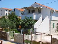 Apartmani Dobriša, Vinisce, Croatia - Apartmani Dobriša, Vinisce, Croatia - Apartments Mastrinka