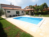 Family Accommodation Balun - House for 6+2 persons - croatia house on beach