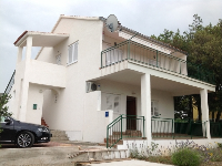 Summer Accommodation Diana - Apartment for 4+2 persons - Houses Radici