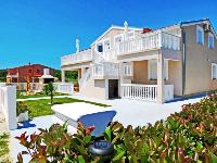 Apartments Tena - Apartment for 4+2 persons (Orange) - Rooms Stranici
