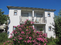 Holiday Accommodation Carmen - Triple Room (S1, S5, S6) - Rooms Ivan Dolac