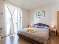 Summer Accommodation Ela - Apartment for 2+2 persons - Podgora
