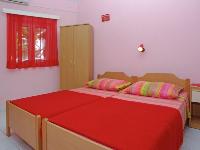 Apartments & Rooms Nina - Room for 2 persons - Apartments Bol