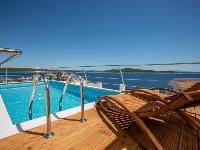 Beachside Villa Cerjan - House for 8 persons - Sevid