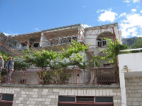 Holiday Apartments Tomislav - Apartment for 3 persons - omis apartment for two person