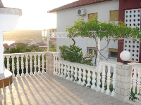 Apartments Green Paradise - Apartment for 6+2 persons - Houses Jasenice
