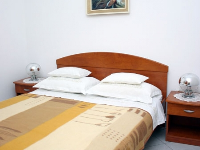 Family Apartments Orlić 2 - Apartment for 2+2 persons (Ivo) - Apartments Vinisce