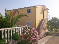 Family Apartments Nada - Apartment for 6+1 person - Primosten