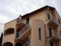 Günstige Appartements Rašin - Apartment (4 Erwachsene) (A2) - Ferienwohnung Pakostane