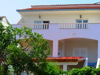 Family Apartments Meri - Apartment for 5 persons (A1) - Arbanija