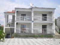 Kuća Ćapeta - Apartman za 3+1 osobu (A4) - Apartmani Razanj