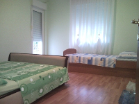 Familien Appartement Anamarija - Apartment für 4+1 Person - Ferienwohnung Kastel Kambelovac