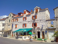 Summer Apartments Feral - Studio Apartment (2 Adults + 1 Child) - Apartments Trogir