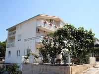 Holiday Accommodation Šarić - Studio apartment for 2 persons - apartments trogir