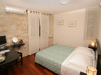 Tradicionalna Vila Sv. Petar - Dvokrevetna soba s bračnim krevetom - Sobe Trogir