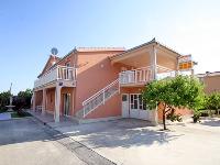 Online Smještaj Mirjana - Apartman za 2+2 osobe (1) - Kastel Novi