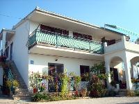 Smještaj Šantić - Apartman za 4+1 osobu - Trogir